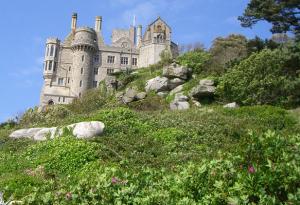 england-cornwall-castle
